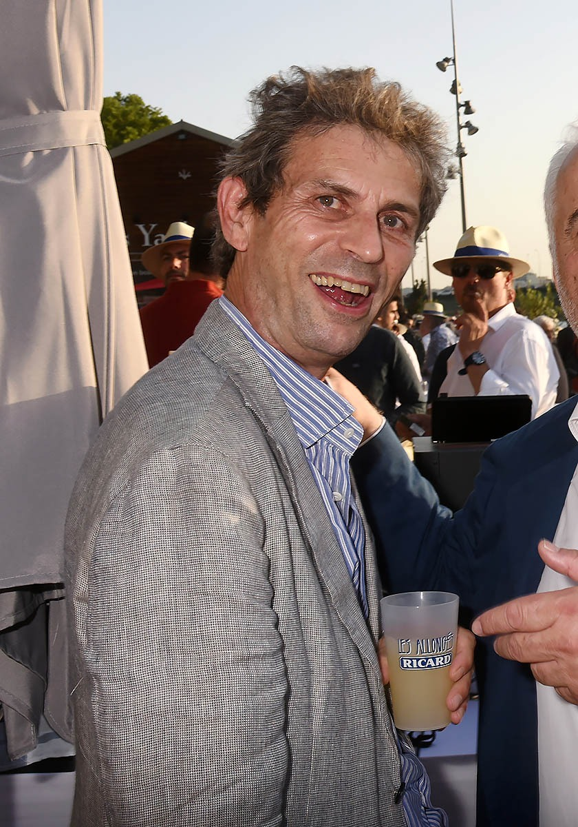 Pour ses nombreux ennemis bien pensants La Preuve que Taddei touche des pots de vin euh d'anisette Un tricard sinon rien!