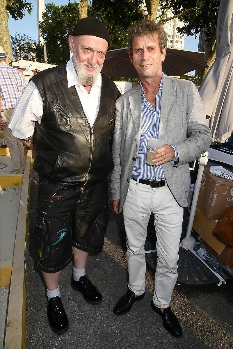 """Frederic Taddei devrait donner plus dans le Marronnier estival: """"Scoop Charlelie Le retour Couture des culottes tyroliennes"""""""