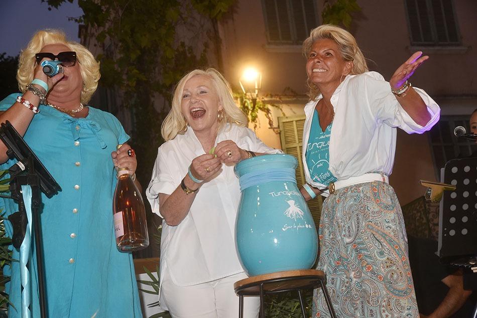 Zize, Michele Torr et Caroline Margeridon en Tombola Raideuses