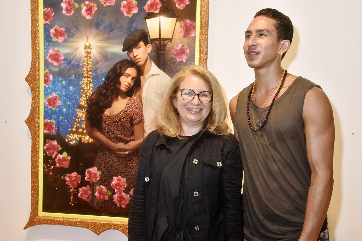 La prochaine fois Jonathan Eap posera avec sa Maman pour Pierre et Gilles