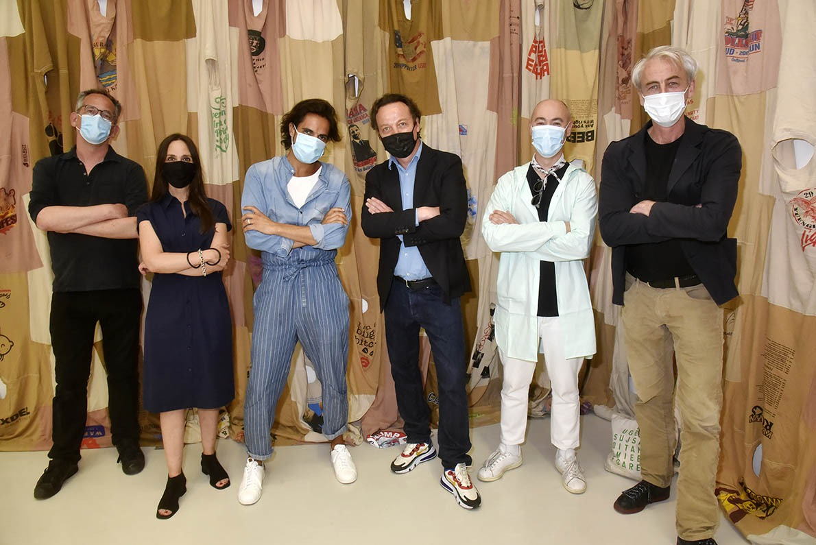 Emmanuel Perrotin et L'Alliance Rebelle masqués