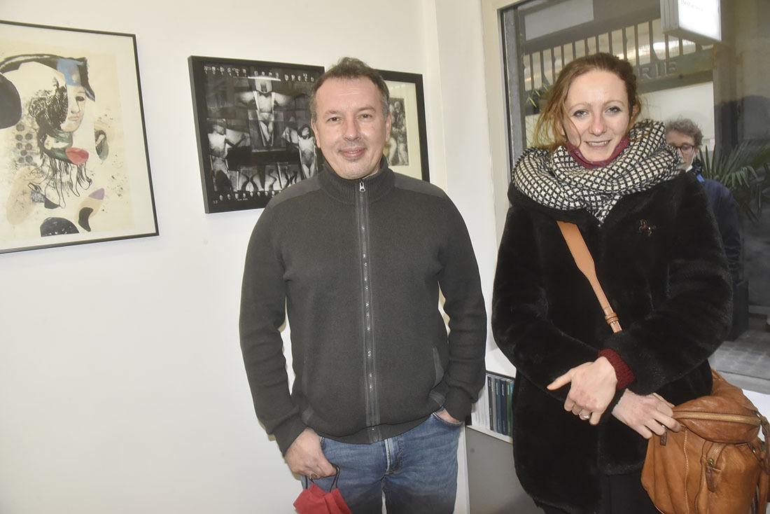 Le commissaire de l'expo Laurent Quenehen avecl'excellente peintresse Tereza Lochmann
