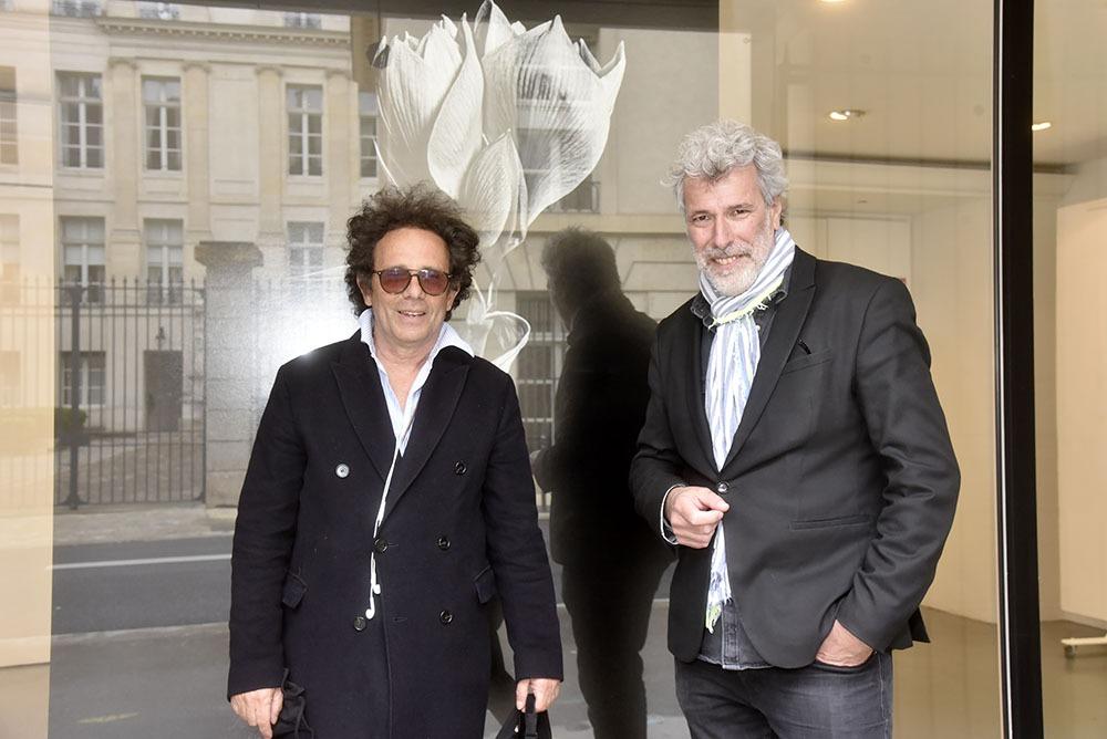 Dans la rue de Turenne Stéphane connait tout le monde même Gerald Cohen venu en touriste de son cossu 8ème