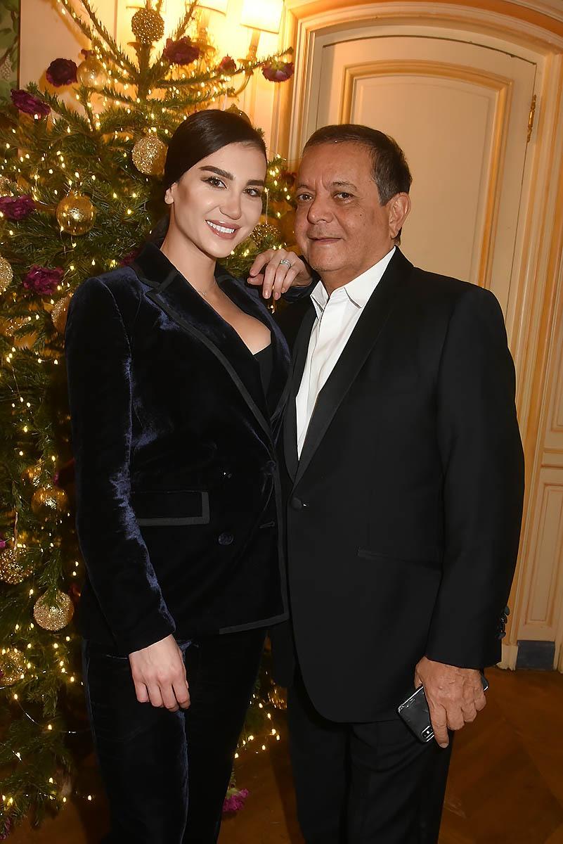 Comme Edouard Nahum pour mon Noel j'aimerais tant recevoir Diana Bazhenova dans mes petits souliers