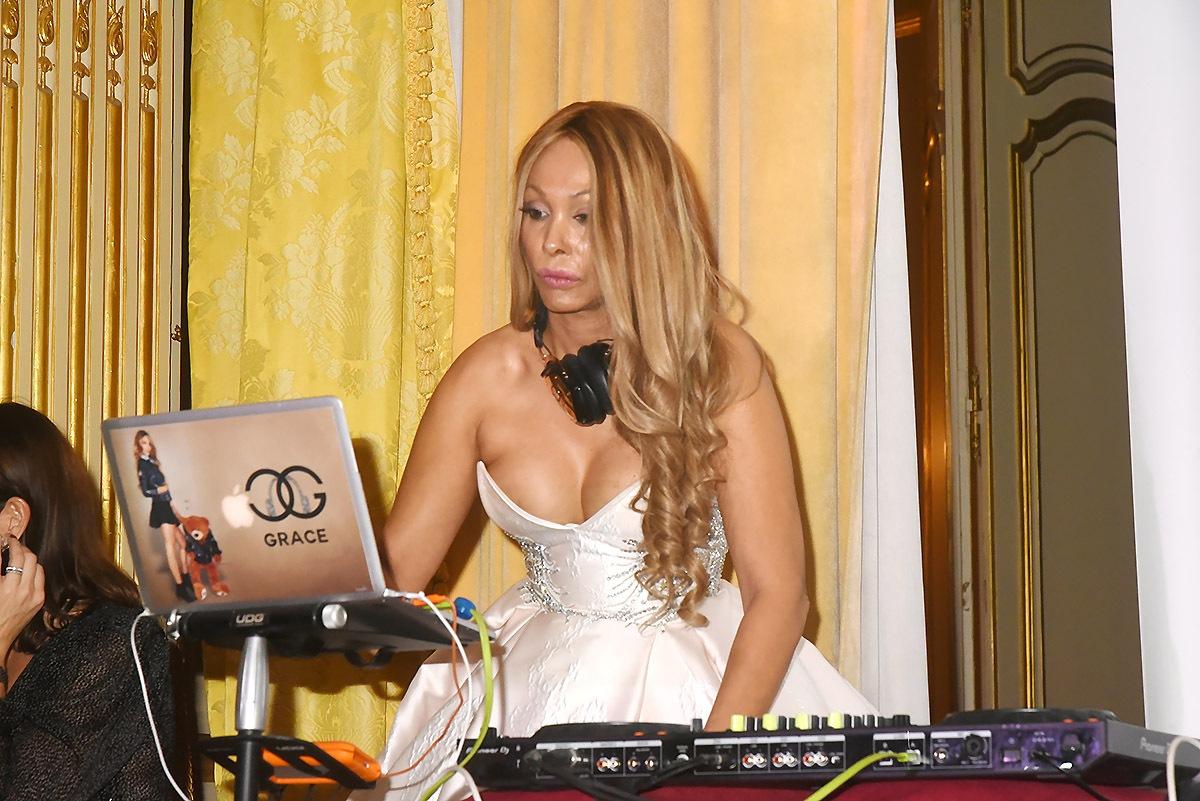 Non la DJette Grace n'a pas fait refaire ses remix