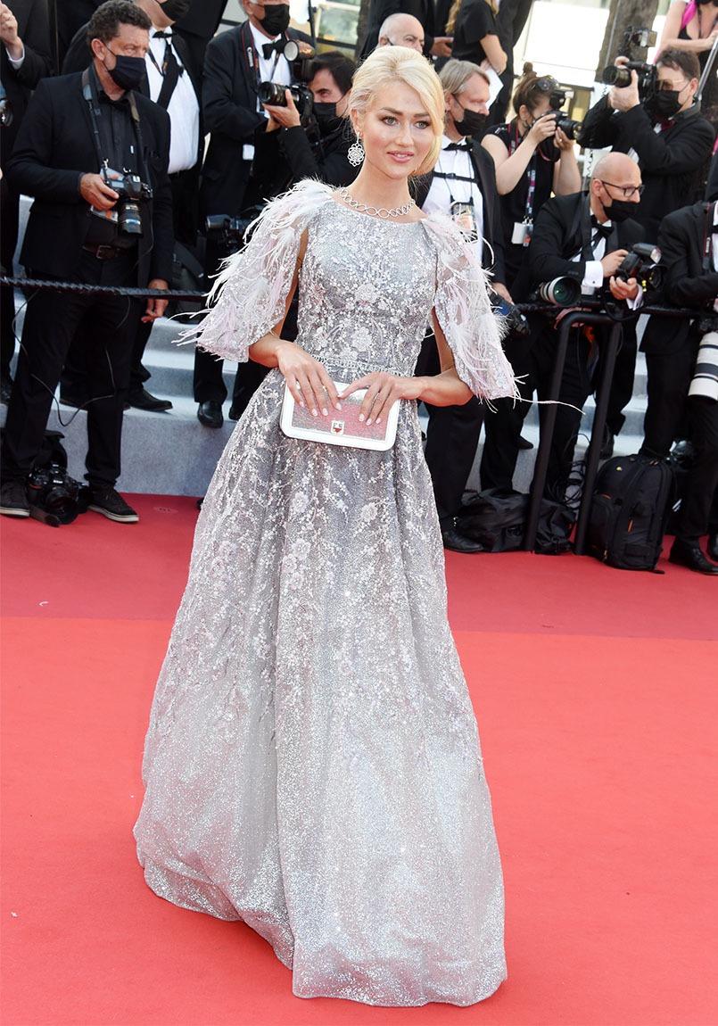 """L'influenceuse Angelina Kali joue dans la """"Guillarmette du jour"""" !!"""