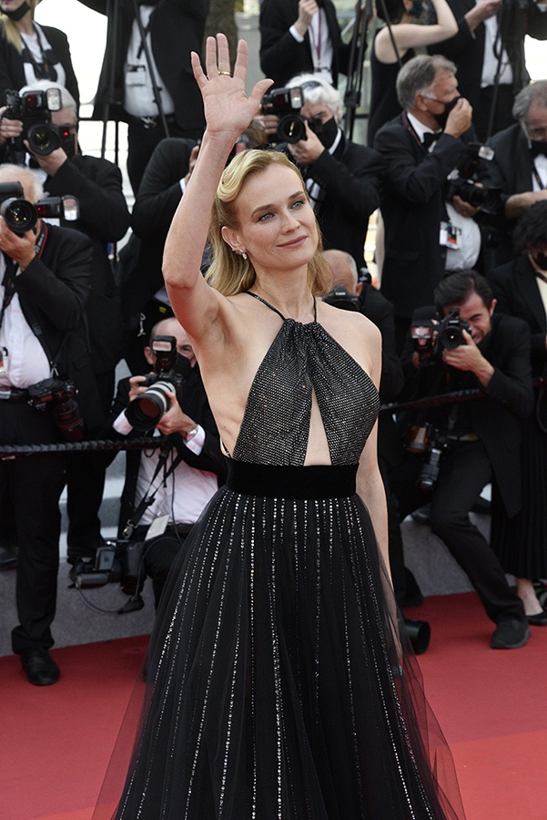 Diane Kruger salut ses millions de followeurs