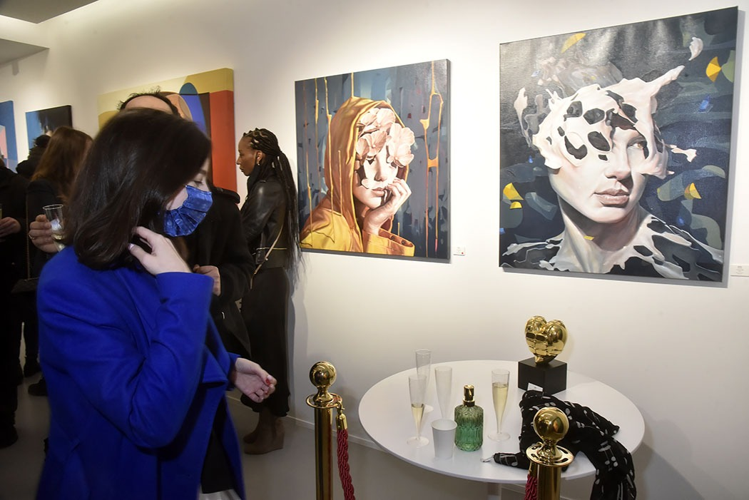 Ambiance Galerie Goldshteyn Saator Uncovered