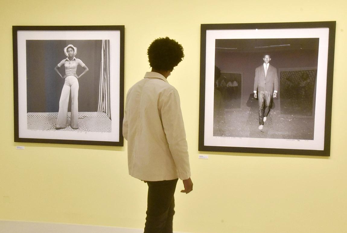 La mode afro oui mais à Nouille york en mode Shaft photo de Malick Sidibé