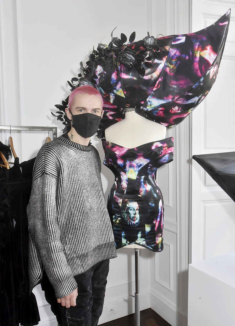 Victor Weinsanto en mode  bal masqué
