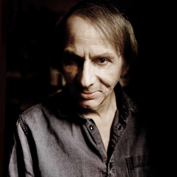 France, Paris, 2014 Portrait of Michel Houellebecq, French writer. France, Paris, 2014 Portrait de Michel Houellebecq, écrivain français. Richard Dumas / Agence VU